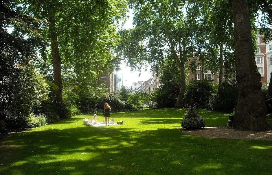 Hire central london squares and gardens venueseeker for Garden pool hire london