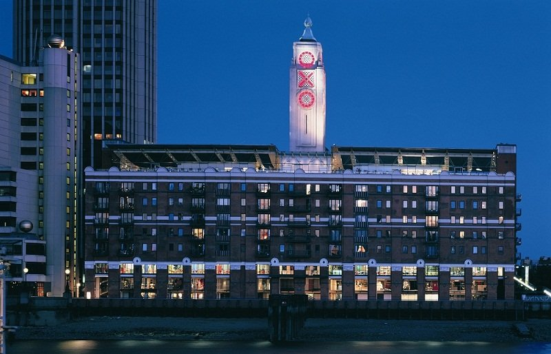 Oxo Building at Night