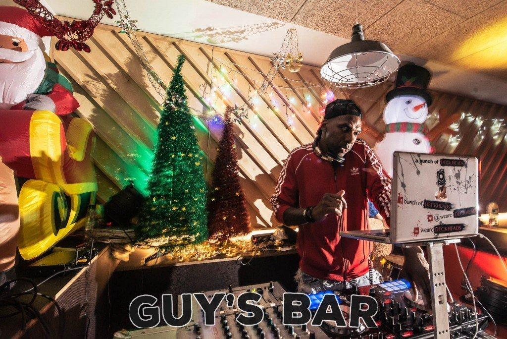 DJ Guys Bar Kings College